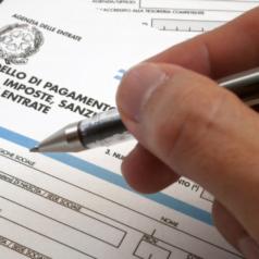 Come e quando si pagano le tasse in Italia (P. IVA)